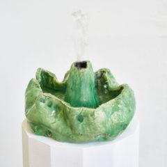 Aqua de Pau, fountain2 2017, ceramic, pump and water, 110 x 40 x 40 cm